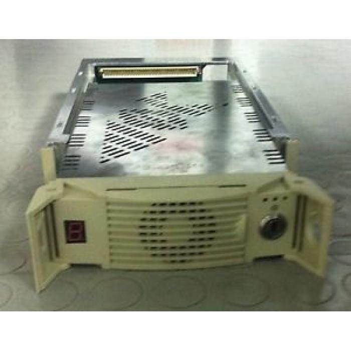 MOBILE RACK ESTRAIBILE X HARD DISK SCSI WIDE-SCSI IN METALLO HOT SWAP CON CHIAVE